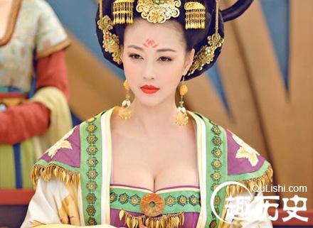 唐朝历史上贵族女子们为何会流行穿着袒胸露乳