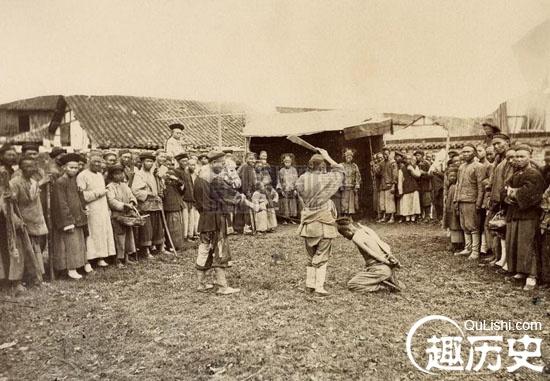 残忍的旧中国斩首行刑图 古代砍头刑场实拍